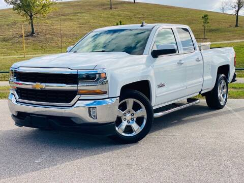 2017 Chevrolet Silverado 1500 for sale at AUTO DIRECT in Houston TX