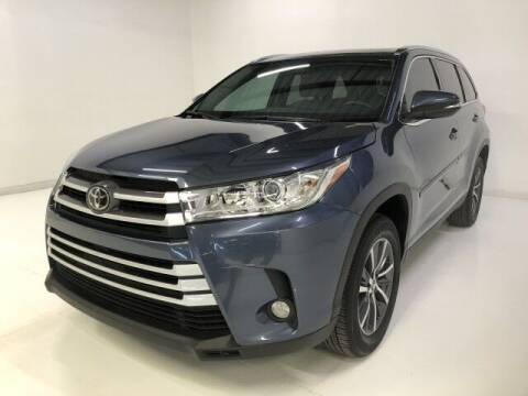 2019 Toyota Highlander for sale at Curry's Cars Powered by Autohouse - AUTO HOUSE PHOENIX in Peoria AZ