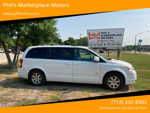 2008 Chrysler Town and Country for sale at Phil's Marketplace Motors in Arnolds Park IA