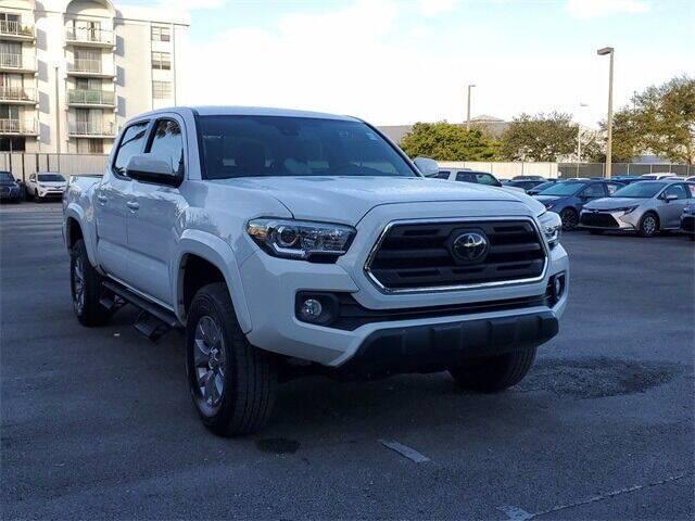 2018 Toyota Tacoma for sale at Selecauto LLC in Miami FL