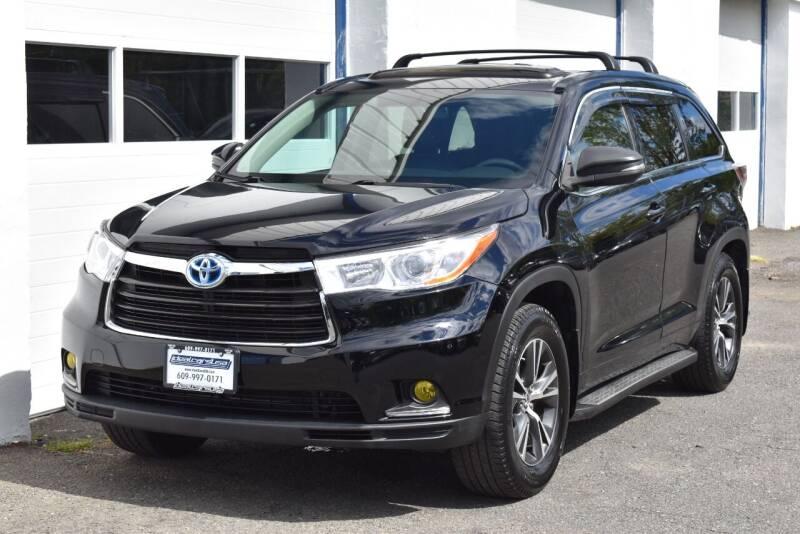 2016 Toyota Highlander for sale at IdealCarsUSA.com in East Windsor NJ