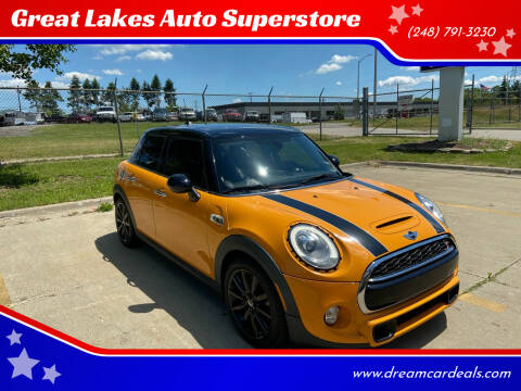 2016 MINI Hardtop 4 Door for sale at Great Lakes Auto Superstore 2 in Waterford MI