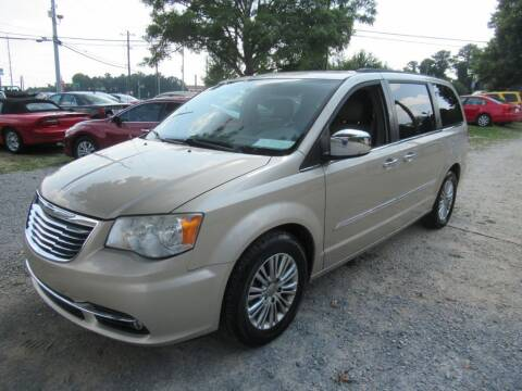 2013 Chrysler Town and Country for sale at Dallas Auto Mart in Dallas GA