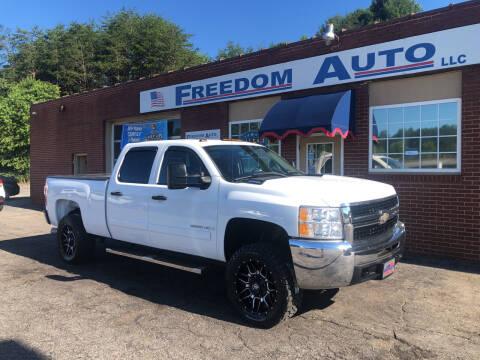 2007 Chevrolet Silverado 2500HD for sale at FREEDOM AUTO LLC in Wilkesboro NC