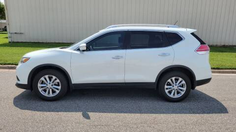 2015 Nissan Rogue for sale at TNK Autos in Inman KS
