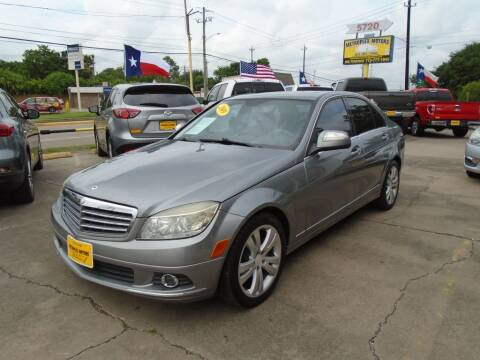 2009 Mercedes-Benz C-Class for sale at Metroplex Motors Inc. in Houston TX