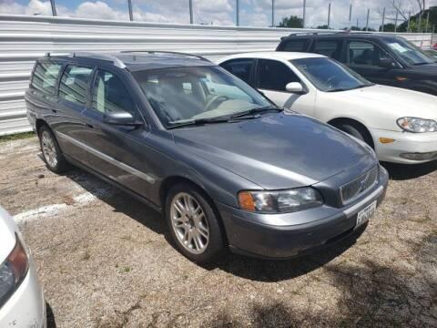 2004 Volvo V70 for sale at Bad Credit Call Fadi in Dallas TX