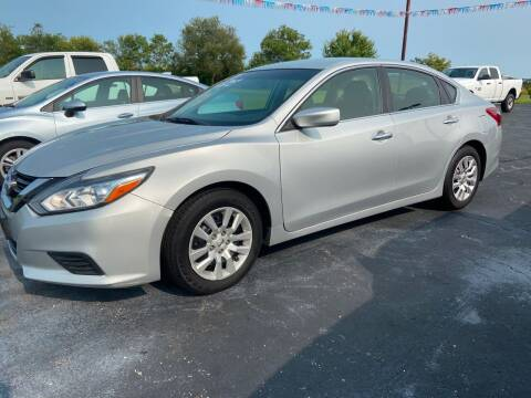 2018 Nissan Altima for sale at EAGLE ONE AUTO SALES in Leesburg OH