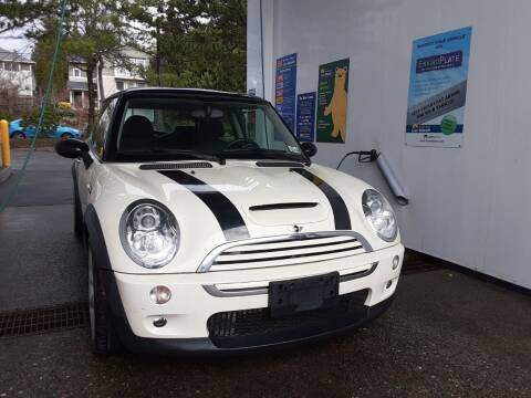 2006 MINI Cooper for sale at METROPOLITAN MOTORS in Kirkland WA