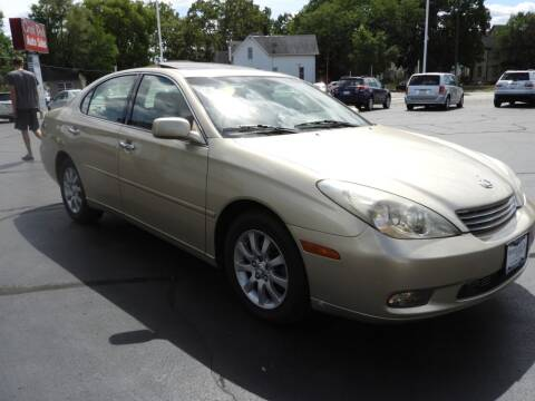 2002 Lexus ES 300 for sale at Grant Park Auto Sales in Rockford IL
