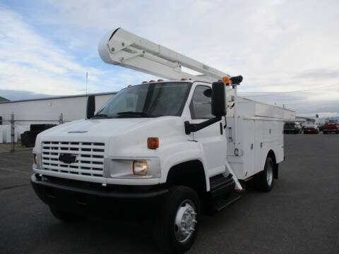 2008 Chevrolet KODIAK 4500 4X4 BUCKET TRUCK for sale at BJ'S COMMERCIAL TRUCKS in Spokane Valley WA
