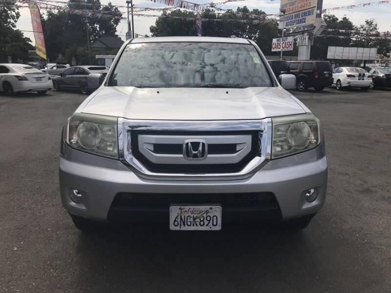 2011 Honda Pilot for sale at EXPRESS CREDIT MOTORS in San Jose CA