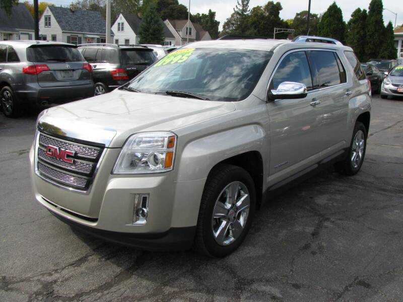 2015 GMC Terrain for sale at CLASSIC MOTOR CARS in West Allis WI