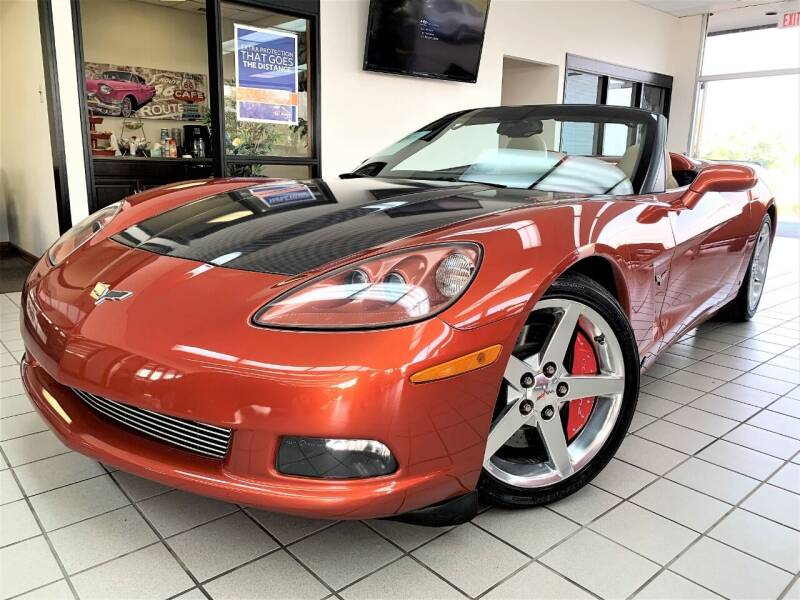 2006 Chevrolet Corvette for sale at SAINT CHARLES MOTORCARS in Saint Charles IL