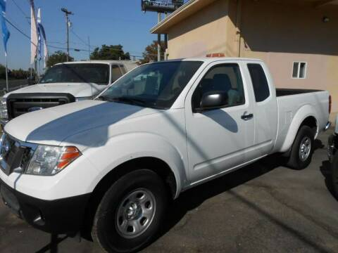 2014 Nissan Frontier for sale at Armstrong Truck Center in Oakdale CA