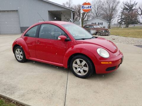 2007 Volkswagen New Beetle for sale at CALDERONE CAR & TRUCK in Whiteland IN