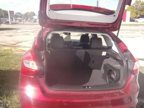 2014 Ford Focus for sale at MITRISIN MOTORS INC in Oskaloosa IA