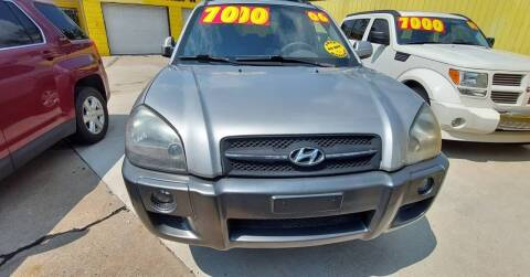 2006 Hyundai Tucson for sale at Frankies Auto Sales in Detroit MI