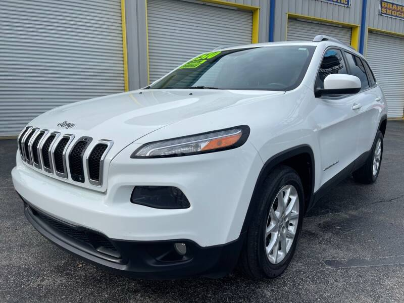 2014 Jeep Cherokee for sale at RoMicco Cars and Trucks in Tampa FL