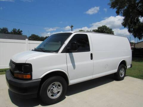2017 Chevrolet Express Cargo for sale at D & R Auto Brokers in Ridgeland SC