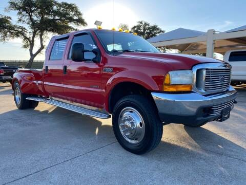 2000 Ford F-550 Super Duty for sale at Thornhill Motor Company in Hudson Oaks, TX