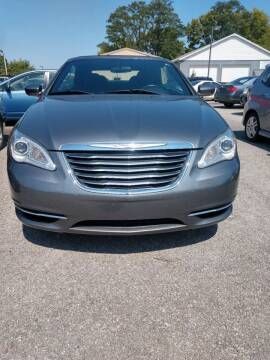 2011 Chrysler 200 Convertible for sale at Integrity Auto Sales in Brownsburg IN