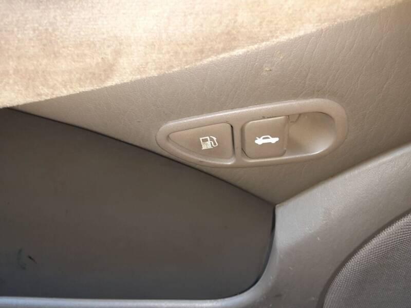 2005 Hyundai Sonata GLS 4dr Sedan - Roselle NJ