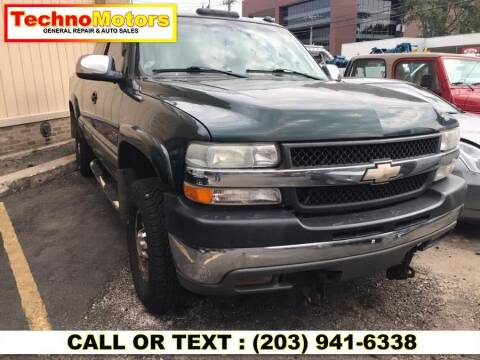 2001 Chevrolet Silverado 2500HD for sale at Techno Motors in Danbury CT