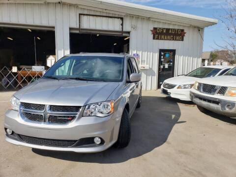 2019 Dodge Grand Caravan for sale at DFW AUTO FINANCING LLC in Dallas TX