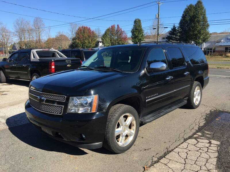 2011 Chevrolet Suburban for sale at Candlewood Valley Motors in New Milford CT