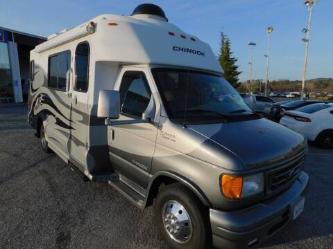 2004 CHINOOK GLACIER 2500 for sale at Gold Country RV in Auburn CA