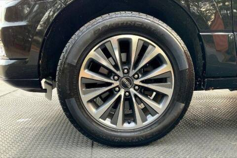 2016 Lincoln Navigator for sale at CU Carfinders in Norcross GA