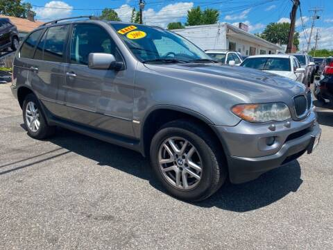 2005 BMW X5 for sale at Alpina Imports in Essex MD