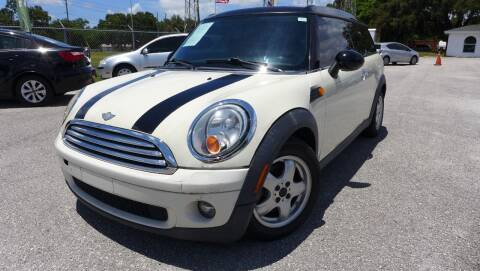 2009 MINI Cooper Clubman for sale at Das Autohaus Quality Used Cars in Clearwater FL