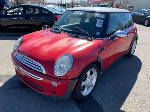 2005 MINI Cooper for sale at Diana Rico LLC in Dalton GA
