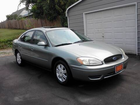 2005 Ford Taurus for sale at Marty's Auto Sales in Lenoir City TN