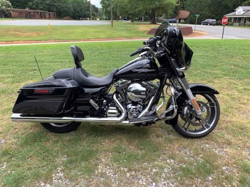 2014 Harley-Davidson Street Glide for sale at Mater's Motors in Stanley NC