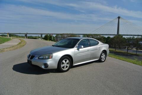 2007 Pontiac Grand Prix for sale at BRADNICK PAST & PRESENT AUTO in Alton IL