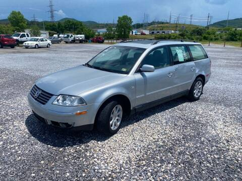 2004 Volkswagen Passat for sale at Bailey's Auto Sales in Cloverdale VA