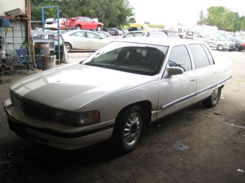 1994 Cadillac DeVille for sale at CARZ R US 1 in Armington IL