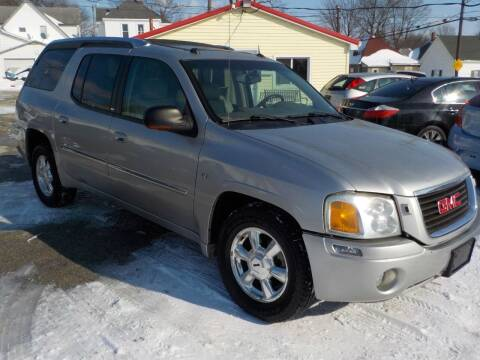 2005 GMC Envoy XUV for sale at SEBASTIAN AUTO SALES INC. in Terre Haute IN