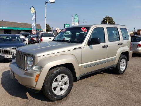 2010 Jeep Liberty for sale at LR AUTO INC in Santa Ana CA