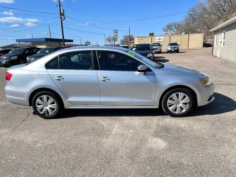 2013 Volkswagen Jetta for sale at Iowa Auto Sales, Inc in Sioux City IA