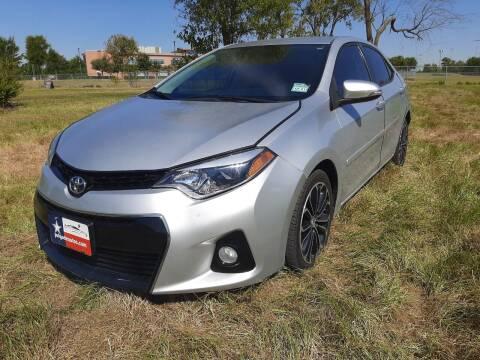 2014 Toyota Corolla for sale at LA PULGA DE AUTOS in Dallas TX