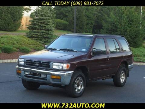 1998 Nissan Pathfinder for sale at Absolute Auto Solutions in Hamilton NJ