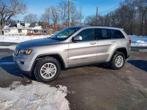 2019 Jeep Grand Cherokee for sale at Depue Auto Sales Inc in Paw Paw MI