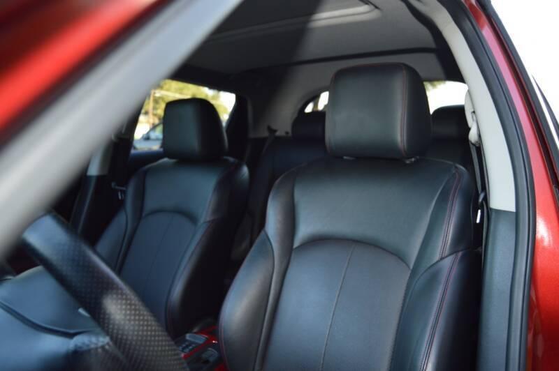 2011 Nissan JUKE SL 4dr Crossover CVT - Dallas TX