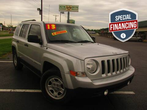 2013 Jeep Patriot for sale at Auto World in Carbondale IL