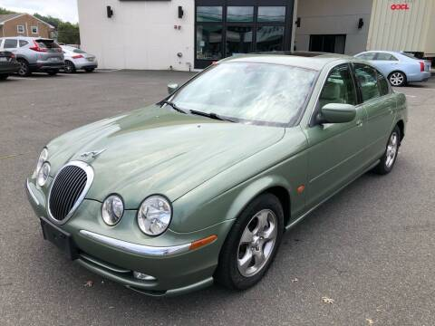 2000 Jaguar S-Type for sale at MAGIC AUTO SALES in Little Ferry NJ