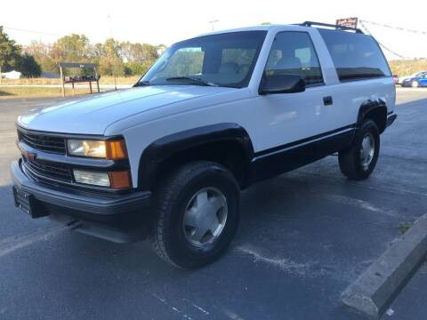 1997 Chevrolet Tahoe for sale at EAGLE ROCK AUTO SALES in Eagle Rock MO